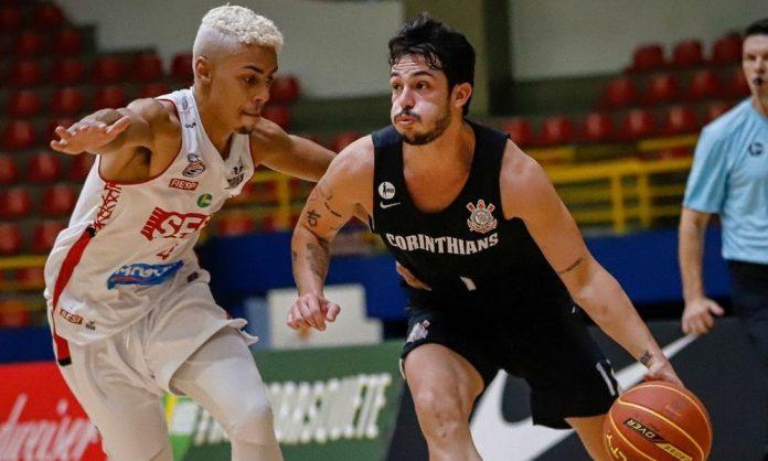 Corinthians atropela o atual campeão paulista na estreia do NBB (Bruno Ulivieri/Basket Osasco)