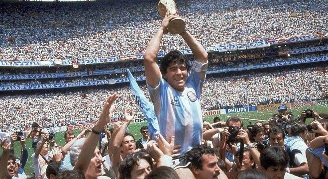 Maradona conduziu a Argentina ao título mundial de 1986 no México Agência Estado 1986