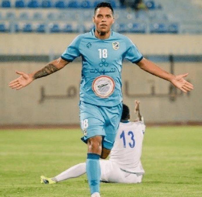 Patrick Fabiano, do Al Salmiyah, é o recordista de gols em um só jogo de primeira divisão em 2020 — Foto: Twitter/ Kwait Premier League