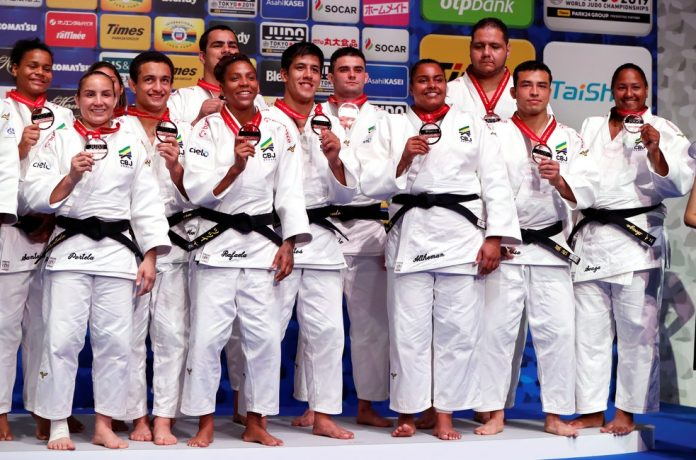 Brasil conquista o bronze nas equipes mistas do Mundial de Judô
