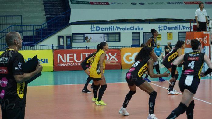 Praia Clube tenta retomar caminho das vitórias após três derrotas seguidas
