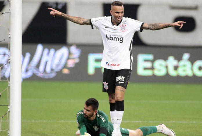 Luan comemora gol do Corinthians contra o Fluminense — Foto: Rodrigo Coca/Ag. Corinthians