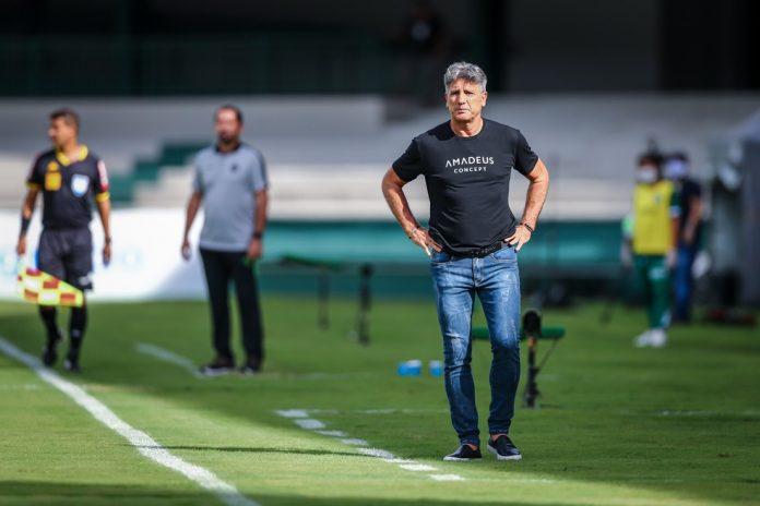 Renato chegou ao sexto jogo seguido sem vitória no empate com o Coritiba