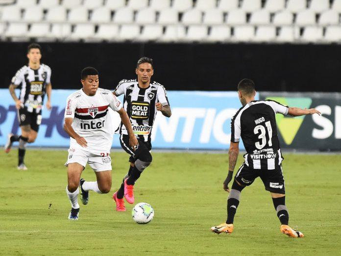 O São Paulo foi derrotado pelo Botafogo na última segunda
