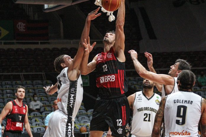 Flamengo venceu o Mogi nesta terça-feira no NBB