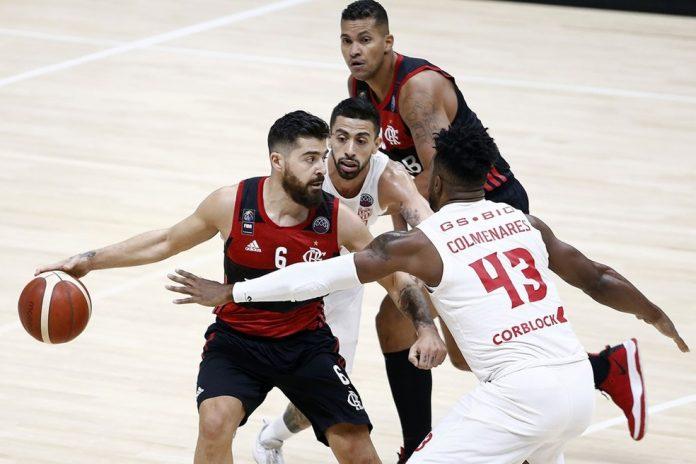 Franco Balbi é marcado por rivais