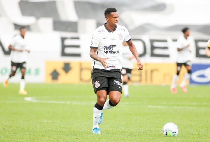 Atacante Jô em ação pelo Corinthians