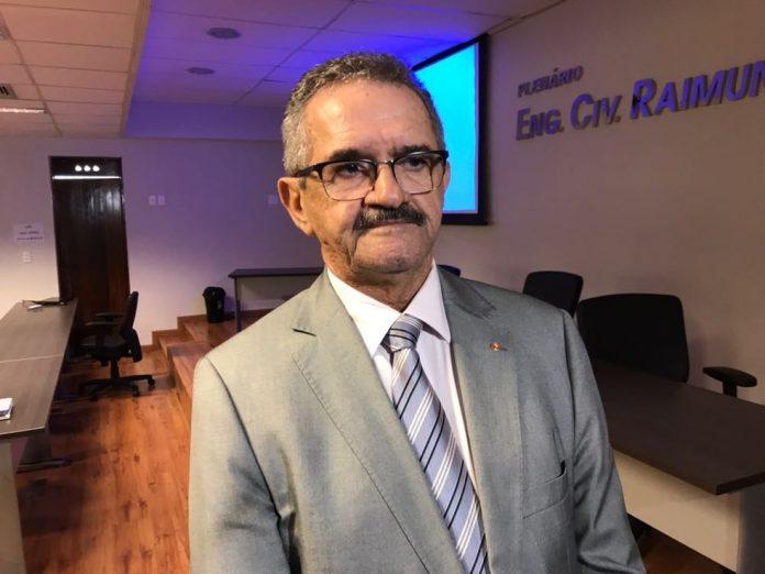 Valberto Lira, presidente da Comissão Nacional de Prevenção e Combate à violência nos estádios, pede a suspensão do futebol no país