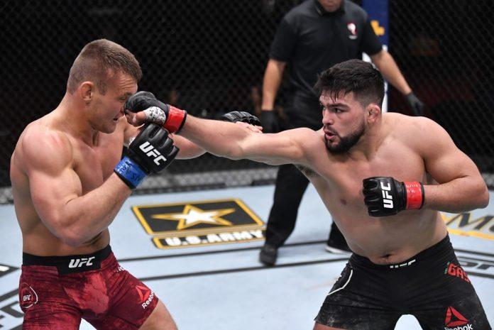 Kelvin Gastelum venceu Ian Heinisch no UFC 258