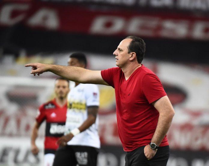 Rogério Ceni em Flamengo x Volta Redonda — Foto: André Durão/ge