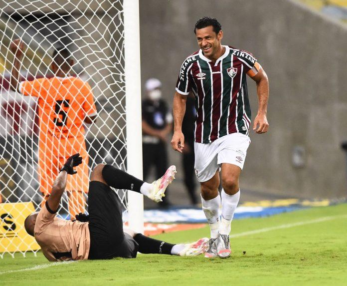 400 gols de Fred: camisa 9 marcou diante do Nova Iguaçu — Foto: André Durão