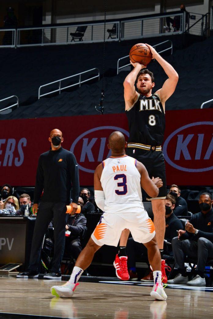 Gallinari foi gigante contra os Suns