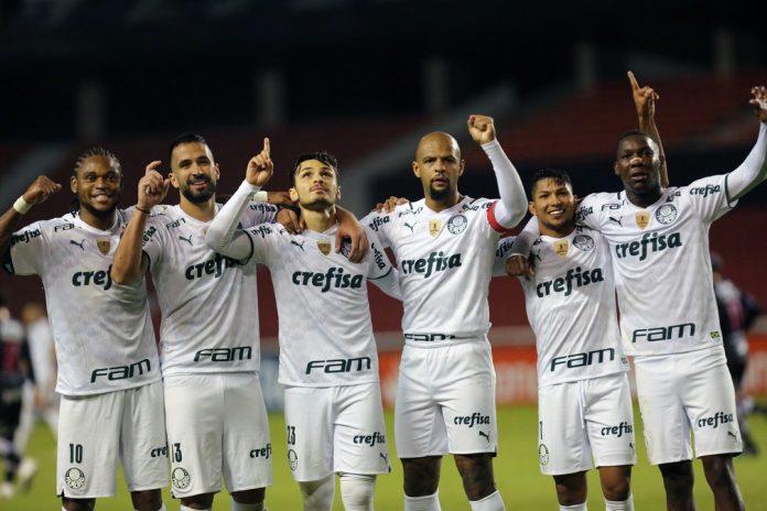 Elenco do Palmeiras definiu qual seria a melhor maneira de atuar na altitude de Quito